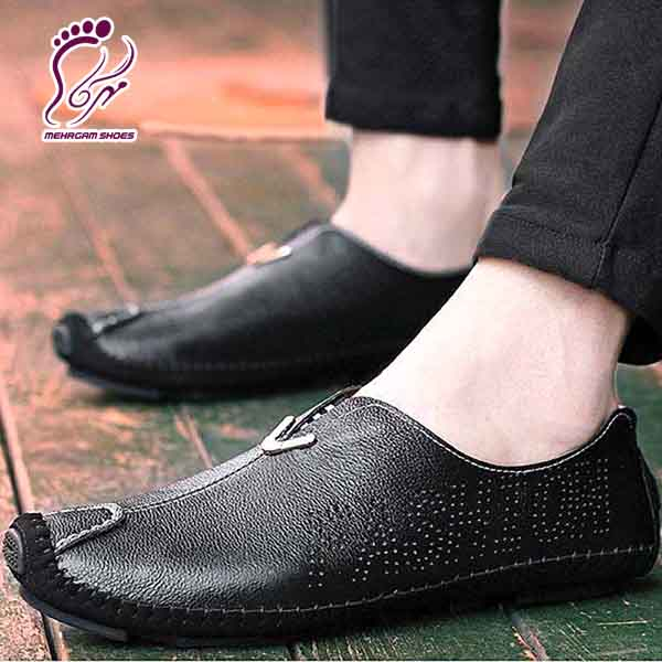 Fashionable leather shoes export
