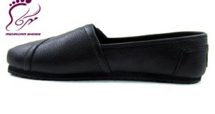 Black leather medical shoes